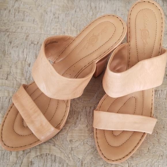 72eb40f5633f Born Shoes - BORN CROWN sandals